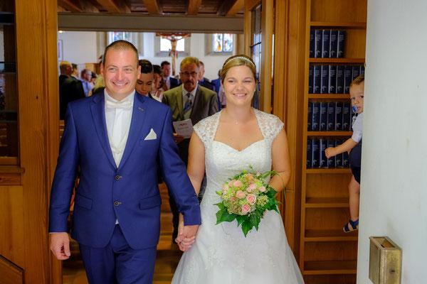 Brautpaar Kirche Berglen