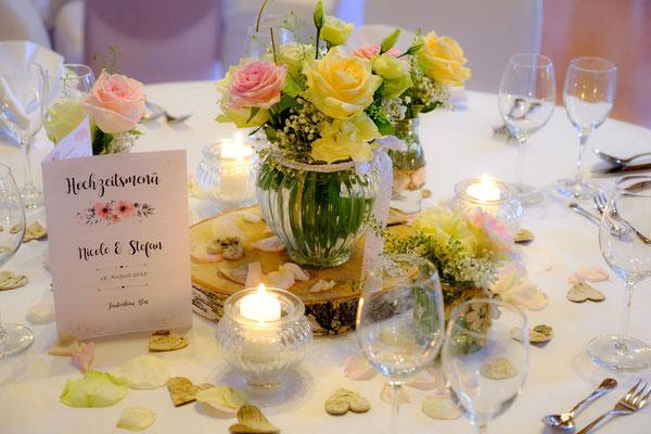 Tischdekoration Hochzeit Fautenhau Alm Aspach