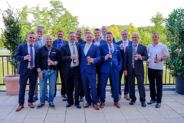 Bräutigam Hochzeitsfeier Fautenhau Alm Aspach