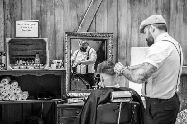Barber at work in Sindelfingen