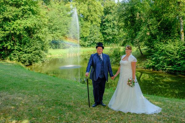 Wasserschloss Oppenweiler Brautpaar