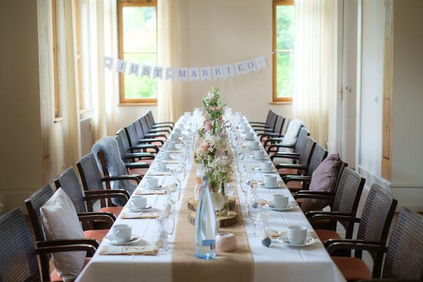 gedeckter Hochzeitstisch Weinvilla Heilbronn