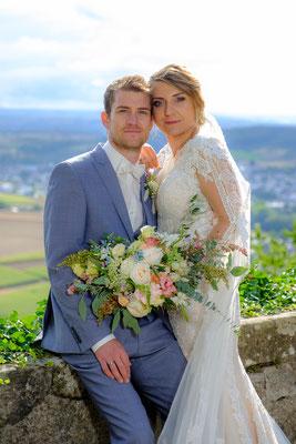 Hochzeitsbild Brautpaar Burg Lichtenberg