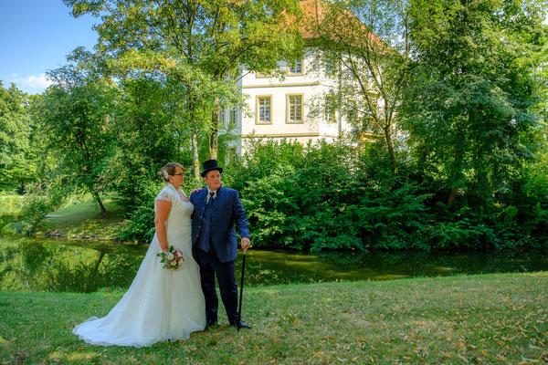Brautpaar Standesamt Oppenweiler Wasserschloss