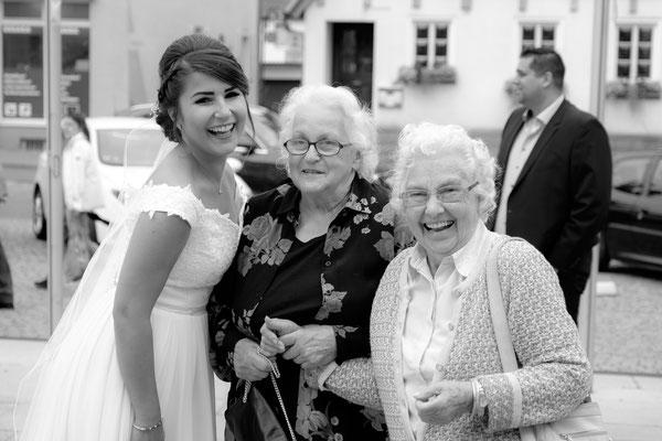 Braut mit Oma in Heilbronn