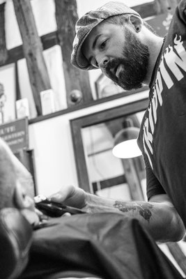 Barber im Barbershop