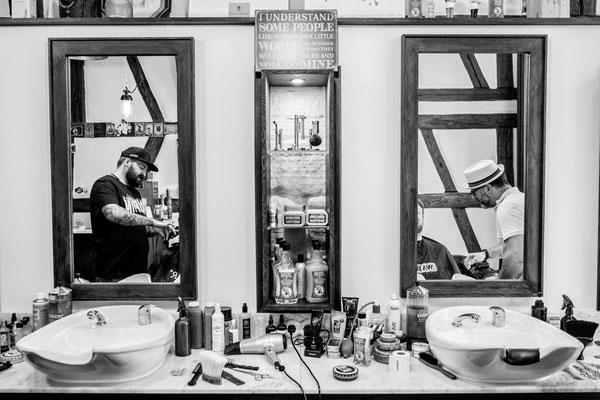 Barber im Spiegel