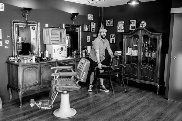 Barber bewegt Möbel