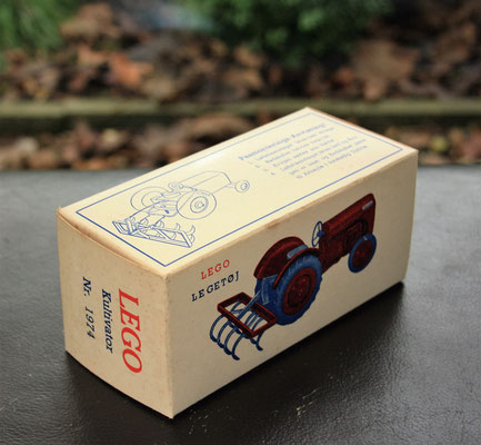 LEGO Ferguson. Original box for the LEGO cultivator. Arround 1950