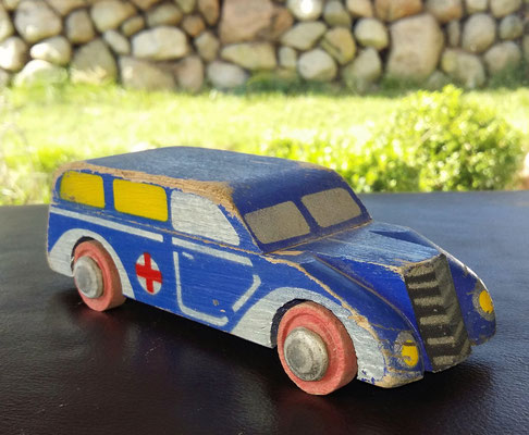 LEGO wood ambulance. 1930's. Really rare.