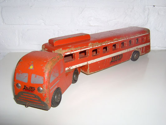 LEGO wood saddle up bus 1950's