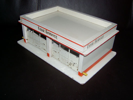 LEGO wood ESSO garage 1950's