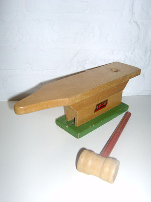LEGO wood anvil with hammer 1950's