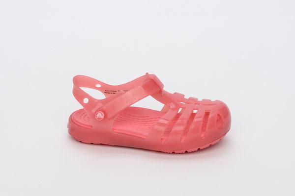 Die geschlossene Crocs-Sandale, perfekt fürs Wasser