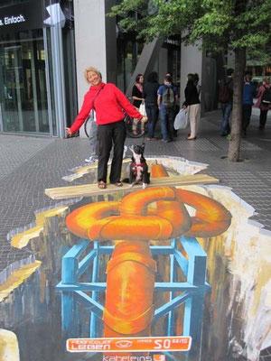 Auftrag von Kabel 1, gemalt vorm Sony Center Berlin