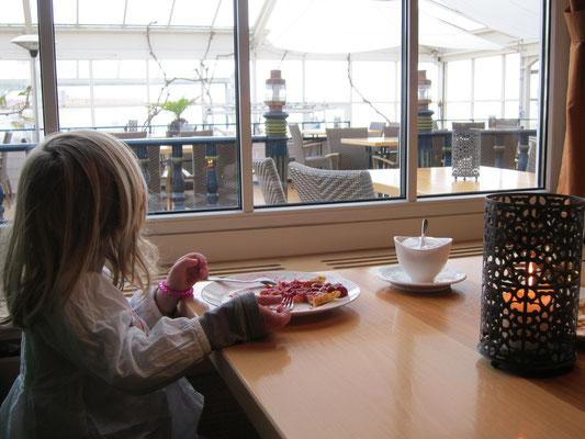 Meerblick im Restaurant Windrose am Südstrand