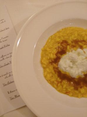 Risotto allo Zafferano con Straccetti di Mozzarella e Demi Glacè