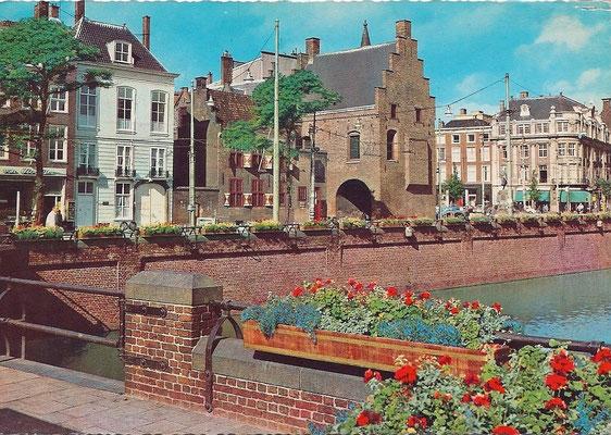 Ansichtkaart Gevangenpoort Den Haag 44
