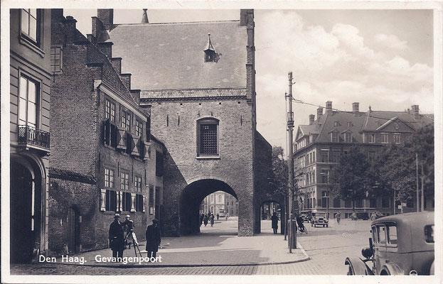 Ansichtkaart Gevangenpoort Den Haag 29