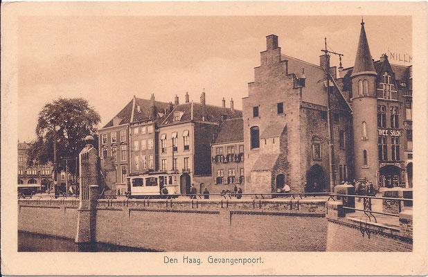 Ansichtkaart Gevangenpoort Den Haag 27