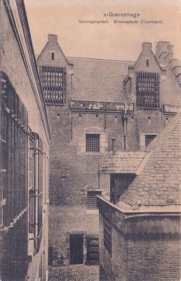 Ansichtkaart Gevangenpoort Den Haag 32