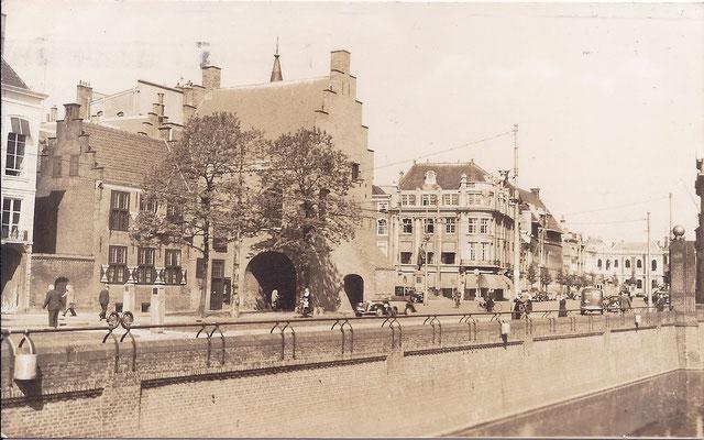 Ansichtkaart Gevangenpoort Den Haag 38