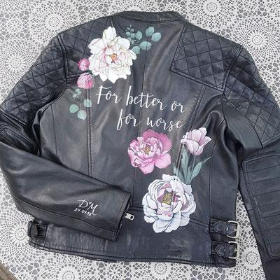 beschilderd jasje voor over trouwjurk