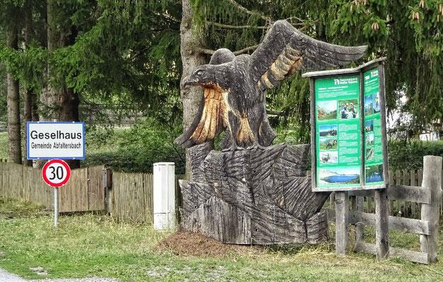 Holzschnitz Kunst