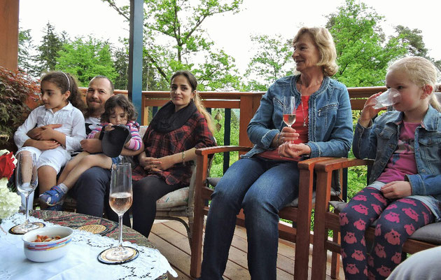 Ina, Heidi, Zhara, Tarane, Saeed und Taranom