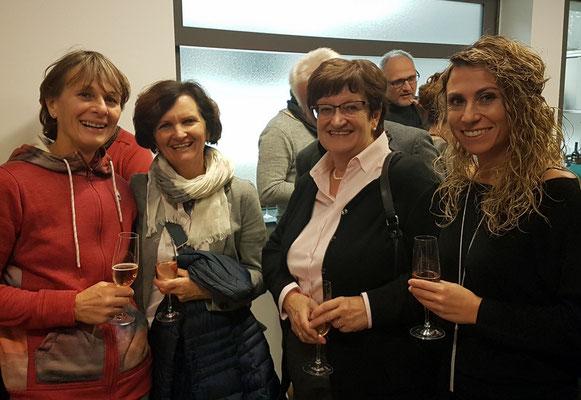Ilse & Brigitte links, Nina Rechts