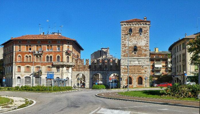 Einfahrt in Udine