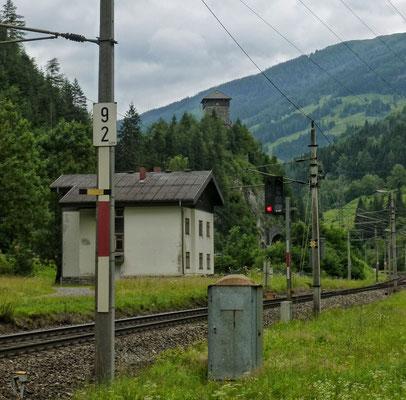 Burg Klamm mit Gasteiner Bahn