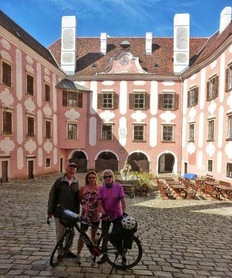 Im Burghof Drosendorf