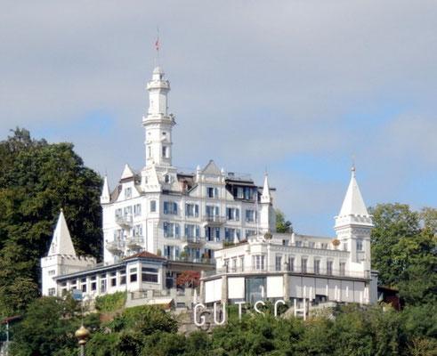 Hotel oberhalb Luzerns