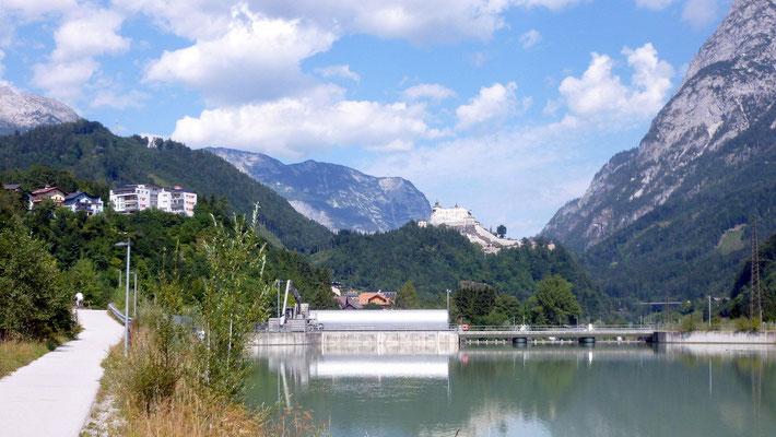 Kraftwerk und Burg Werfen
