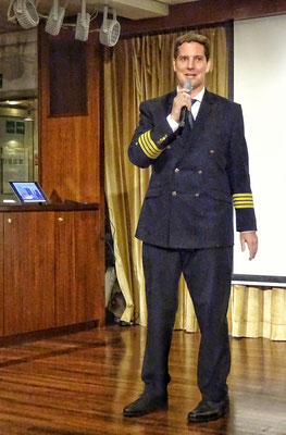 Unser Kapitän Dolf Jenckel