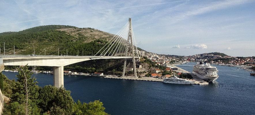 Die neue Brücke...