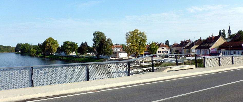 die Mur,  Grenzfluss Österreich - Slowenien
