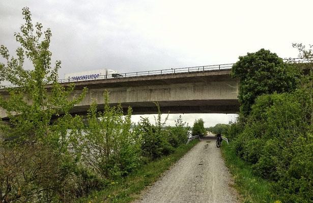 Autobahn Brücke bei Suben