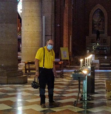 Franz beim Kerzerl anzünden!!!