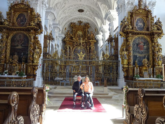 Kurz vor einer Trauung in der Klosterkirche Obermarcht