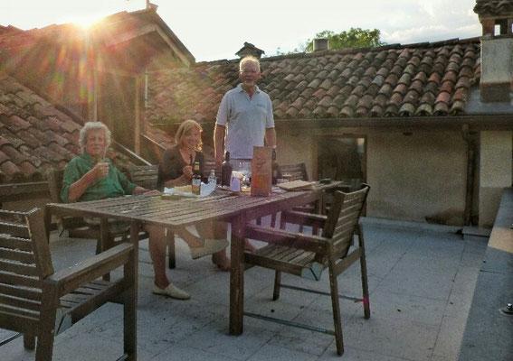 Ein netter Abend auf unserer Hotel Terrasse