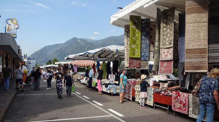 Fetzenmarkt in Borgo