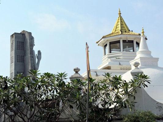 beim Tempel von Dondra