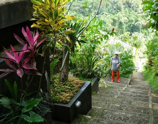 106 Stufen zu unserer villa