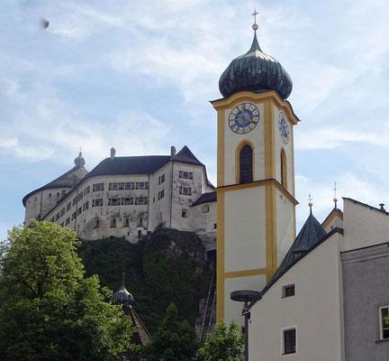 Burg und Kirche Kufstein