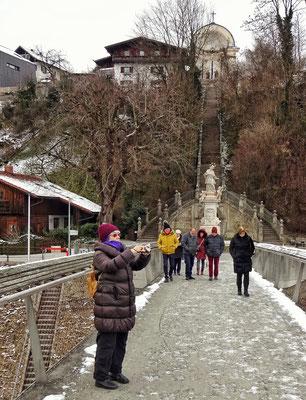 Über die Brücke nach Laufen