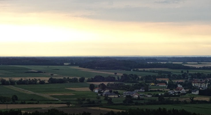 Sonnenaufgang über Ungarn