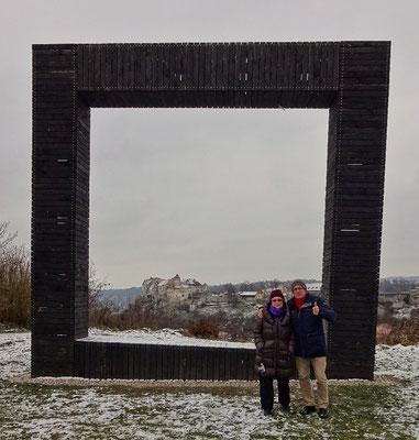 Im Bild die längste Burg der Welt Burghausen