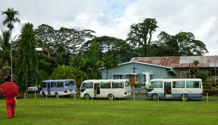 Unsere Busse und Lise